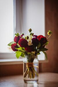 Flowers On Counter - Northwoods Realty
